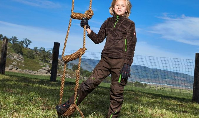 kids outdoor wear