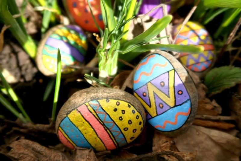 painted Easter stones