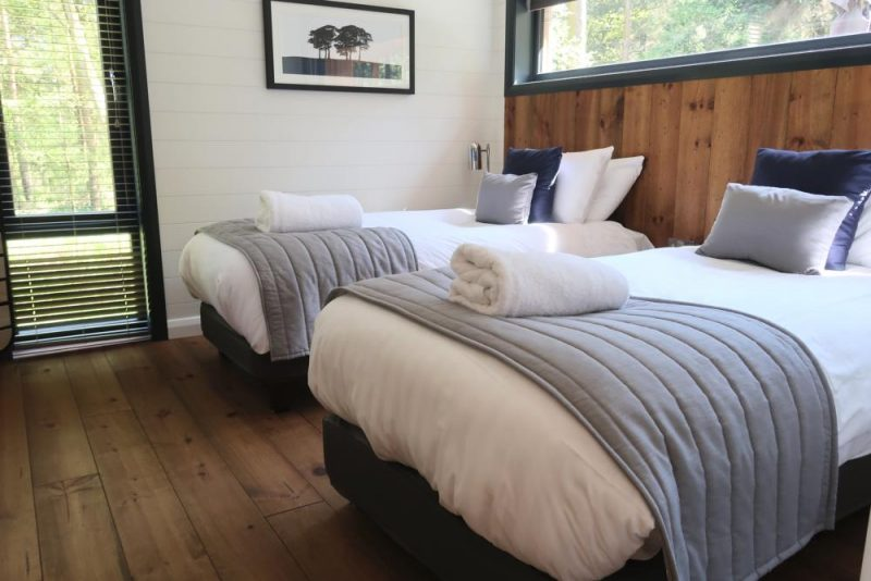 Darwin Forest twin bedroom Glade lodge