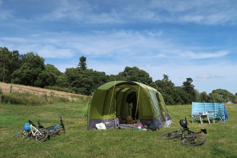 Vango tent set up