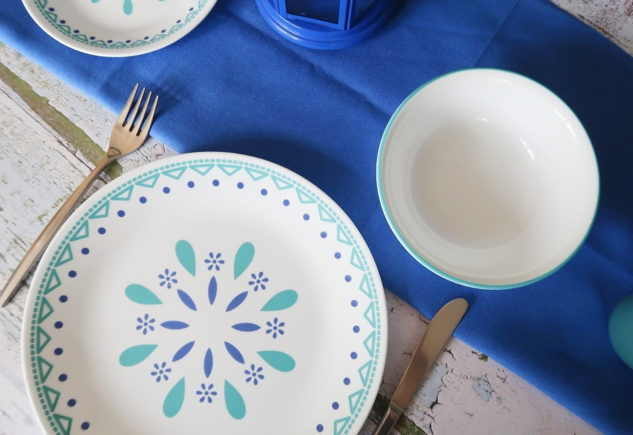 durable plates blue mandala design