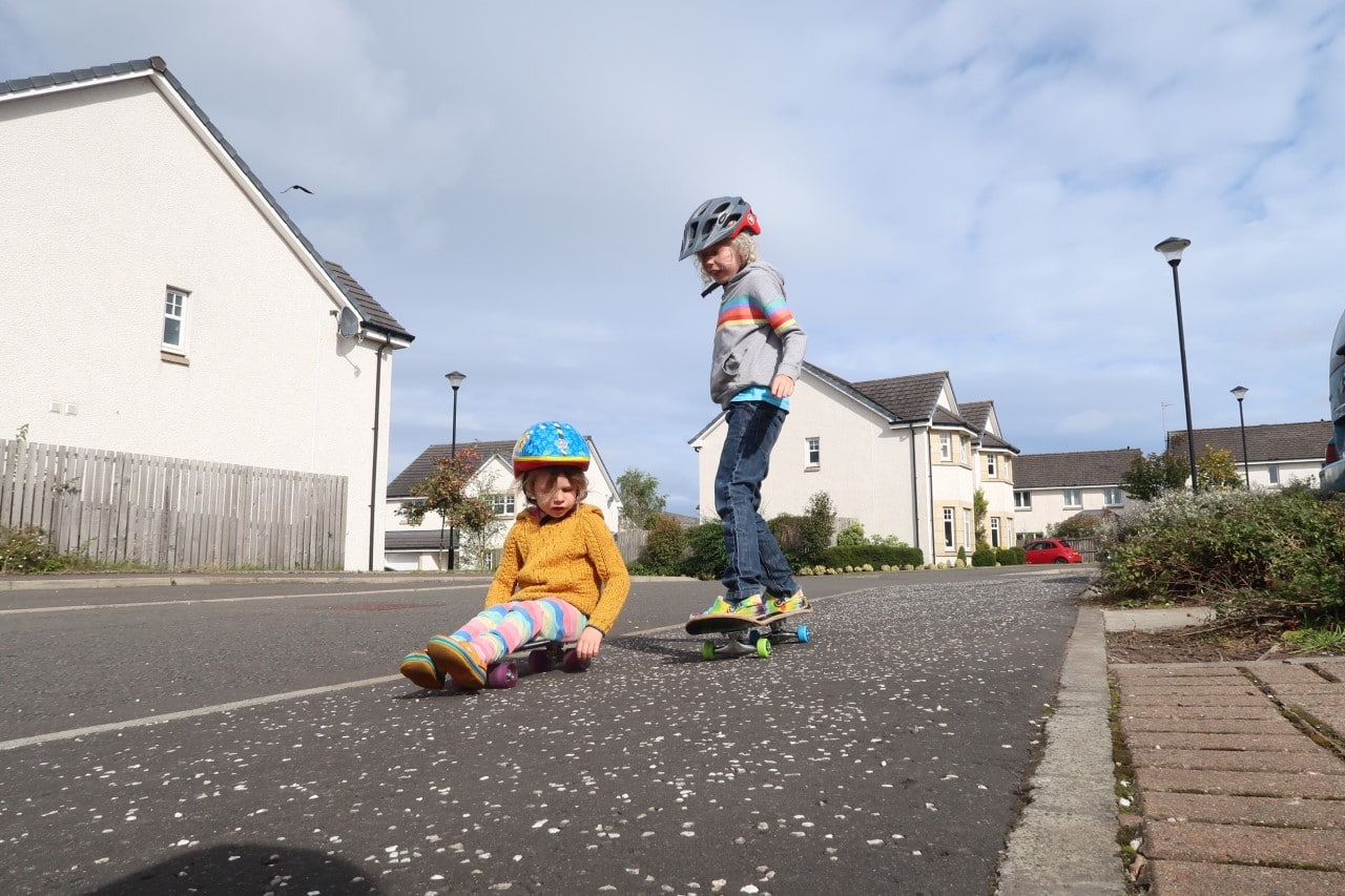 children skateboarding