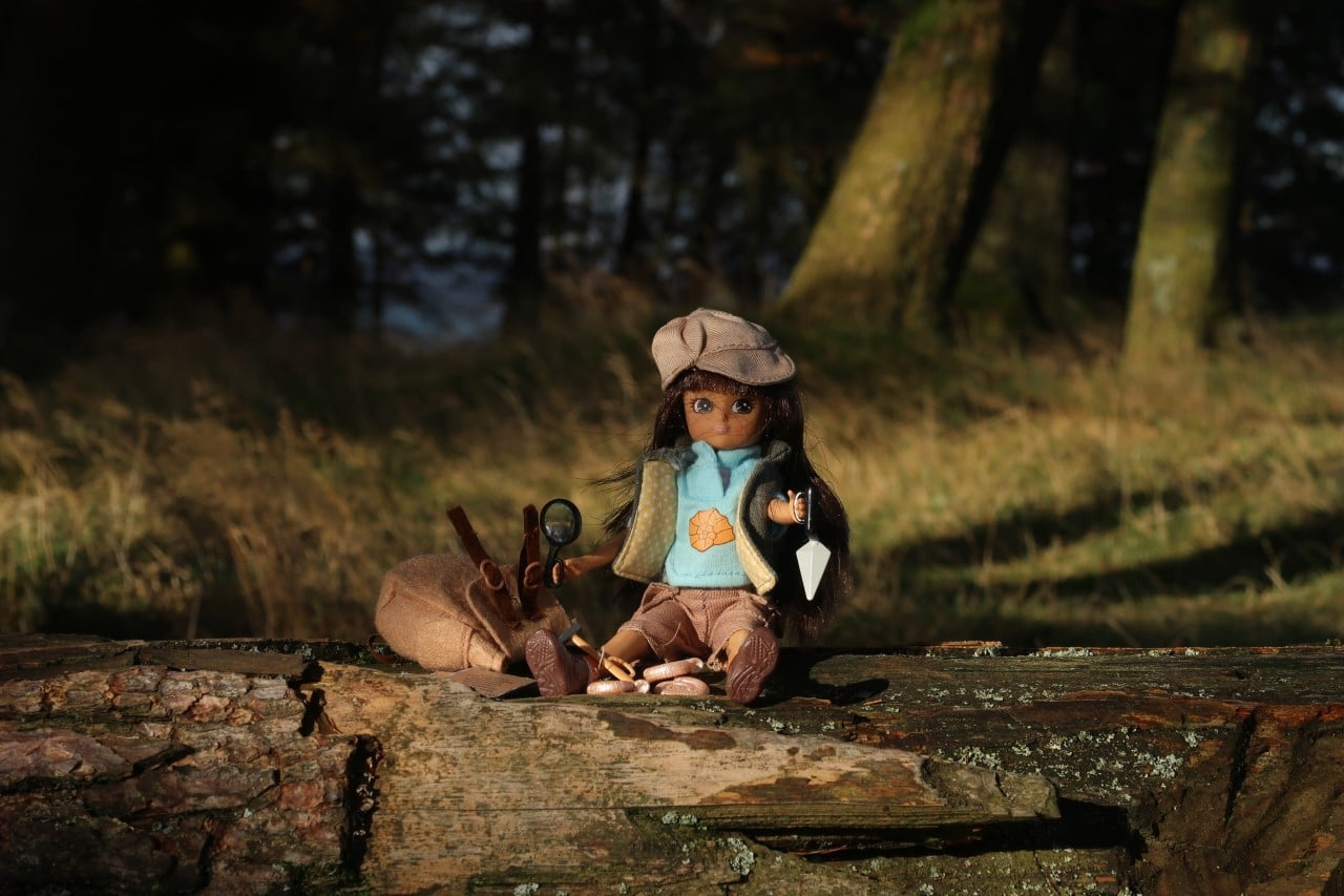 fossil hunter review doll