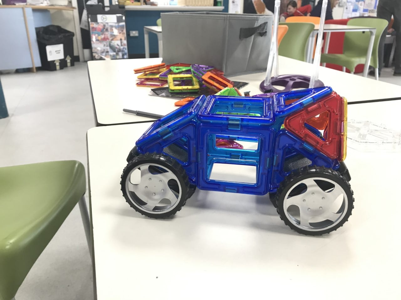 Magformers cars