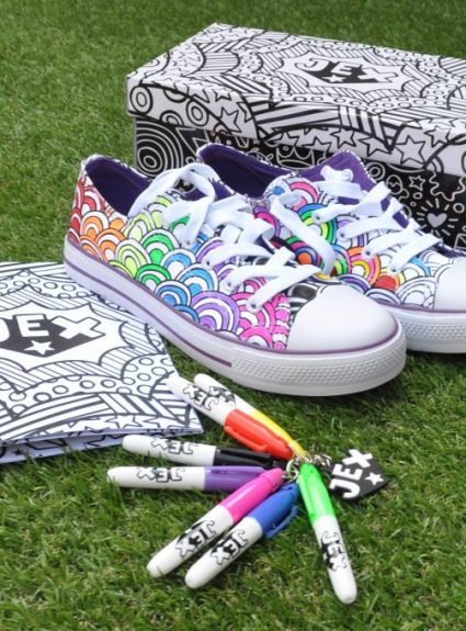 Make Colouring-In Useful With Little Active People Gifts