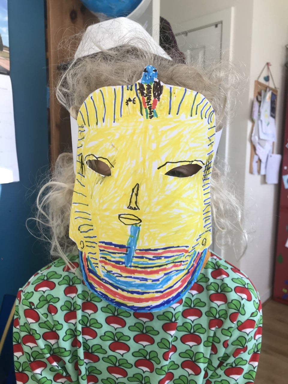 Egyptian mask kids DIY