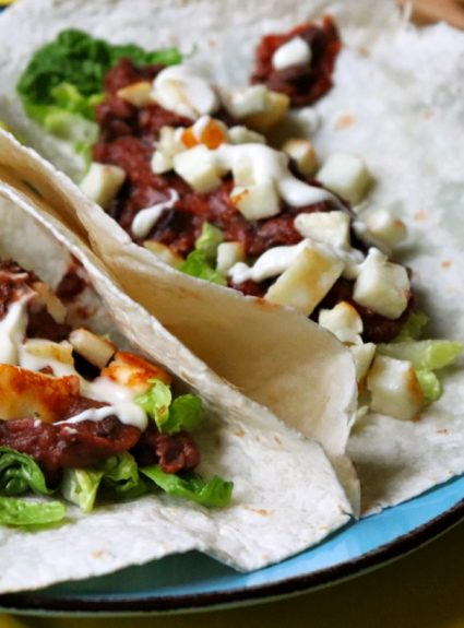 Hello Fresh Recipes: Refried Bean and Halloumi Tacos