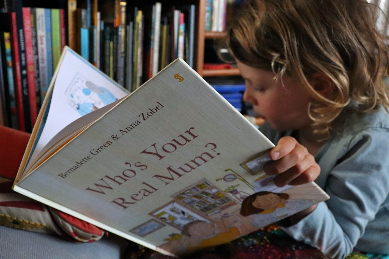 who's you real mum story book